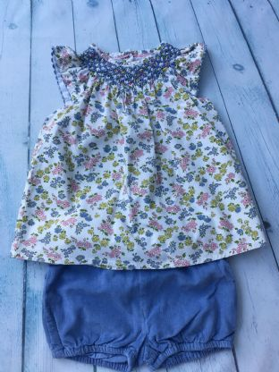 Mini Boden playset with needlecord bloomers and floral tunic age 2-3